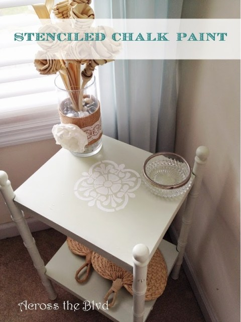 CHALK PAINTED STENCIL ON SIDE TABLE