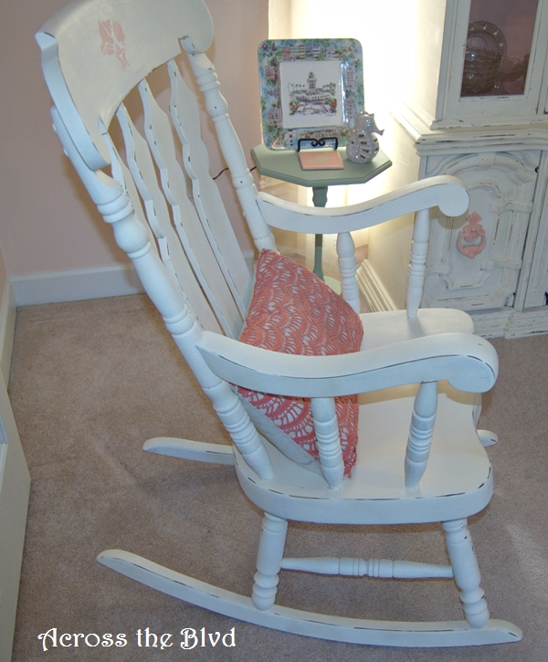Rocker Makeover with Annie Sloan Old White Chalk Paint