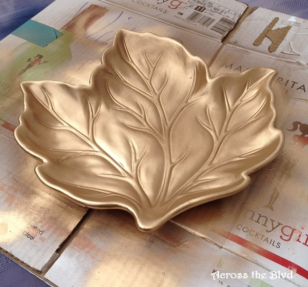 spray painted leaf tray