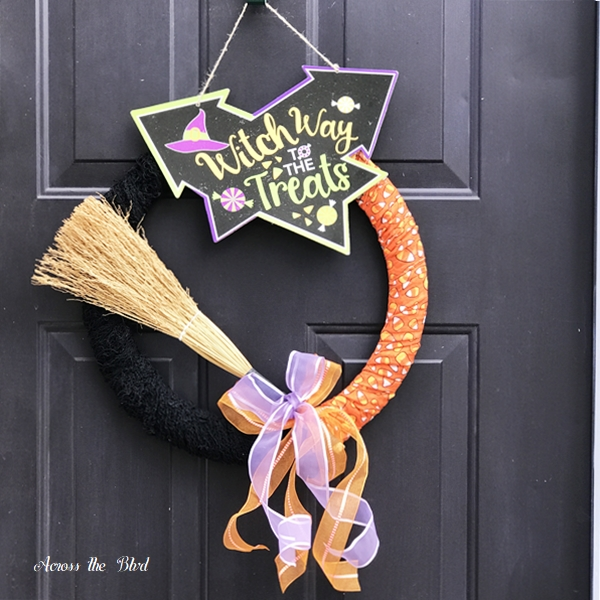 Not So Spooky Halloween Lawn Decor Wreath