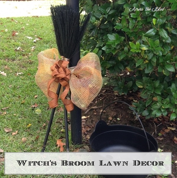 Witch's Broom Lawn Decor