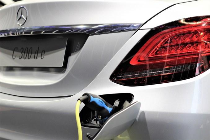 Plug-in hybrid cars