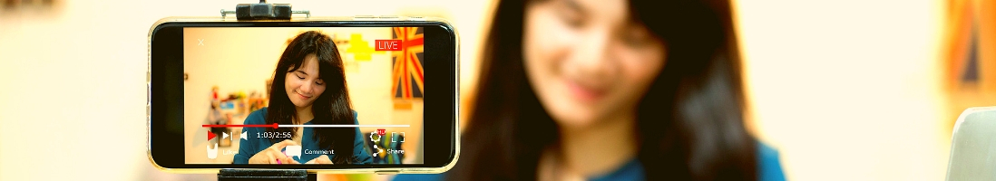 6 Big Benefits Of Starting A Vlog For Your Business