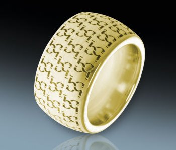 Seamless circumferential laser engraving on jewelry