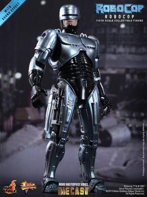Hot Toys - RoboCop - RoboCop Collectible Figure_PR1