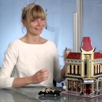 New LEGO Set Video Feature – 10232 Palace Cinema