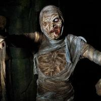 travels-best-halloween-attractions-ss-13th-floor-haunted-house-006