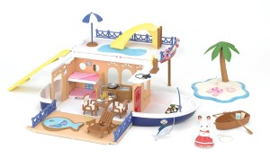 Calico Critters Seaside Cruiser v1