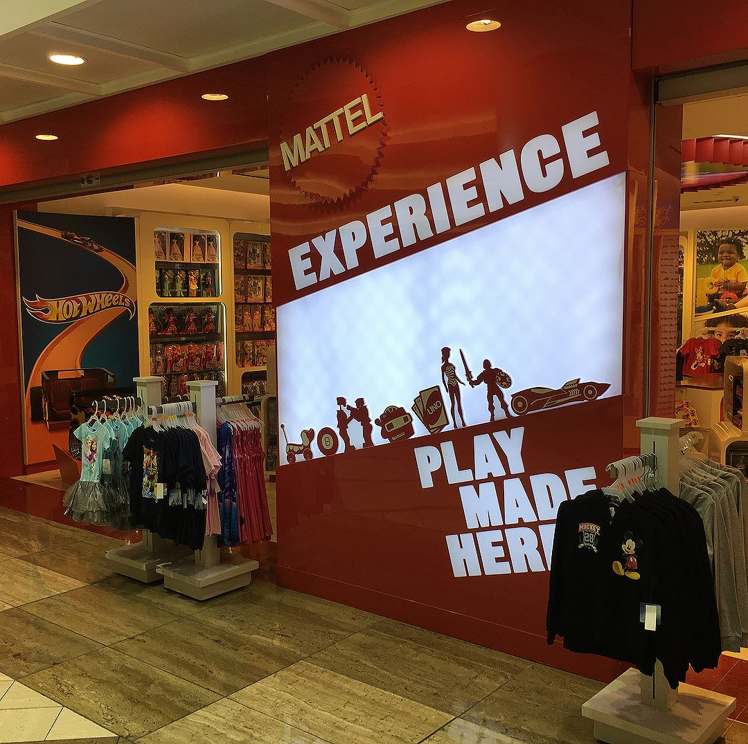 Whenever I'm in terminal 5 I have to check out The @Mattel Experience. However I noticed some products creeping in this time.