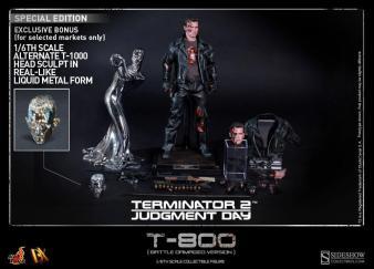 Hot Toys T2 Battle-Damaged T-800 5