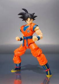 SDCC 2015 Bandai SH Figuarts Goku (Frieza Saga) 3