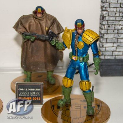 SDCC 2015 - Mezco One 12 Collective (6 of 18)