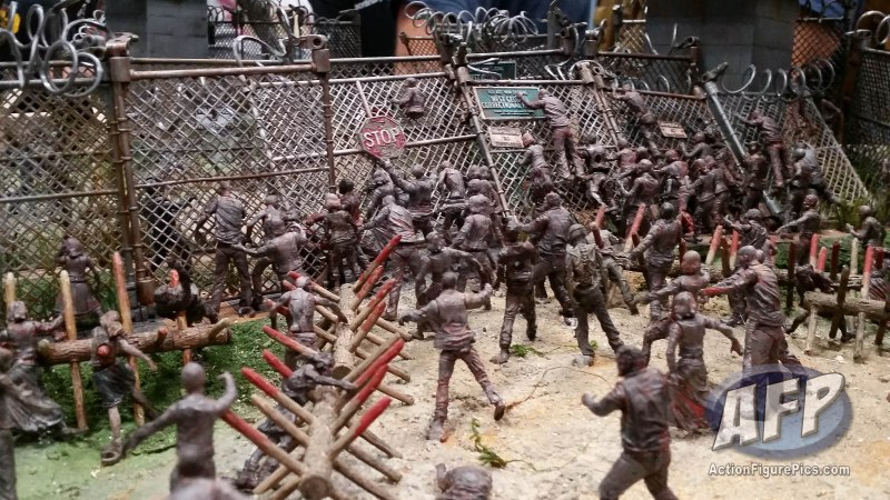 NYCC 2015 - McFarlane Walking Dead Construction Sets (1 of 12)