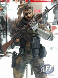 NYCC 2015 - Square Enix Play Arts Kai (27 of 32)