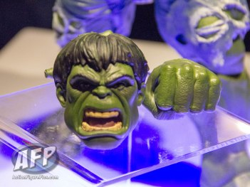 Toy Fair 2017 Marvel Legends 12-Inch Hulk and Thor (3 of 9)