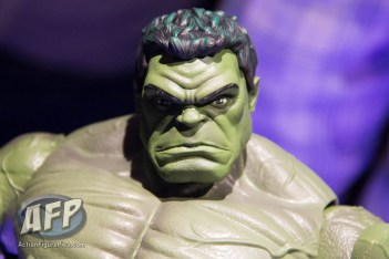Toy Fair 2017 Marvel Legends 12-Inch Hulk and Thor (4 of 9)