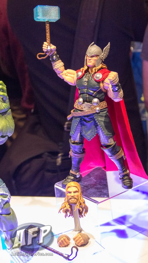 Toy Fair 2017 Marvel Legends 12-Inch Hulk and Thor (6 of 9)