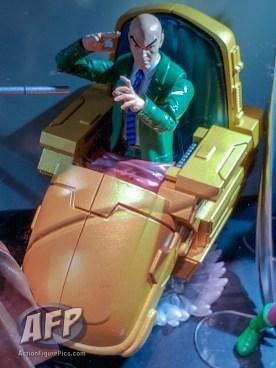 Marvel Legends Ultimate Riders Professor Xavier Hover Chair (2 of 4)
