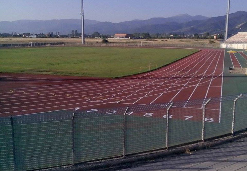 Complete tracking of the track and field and maintenance of the wooden sports floor in Florina