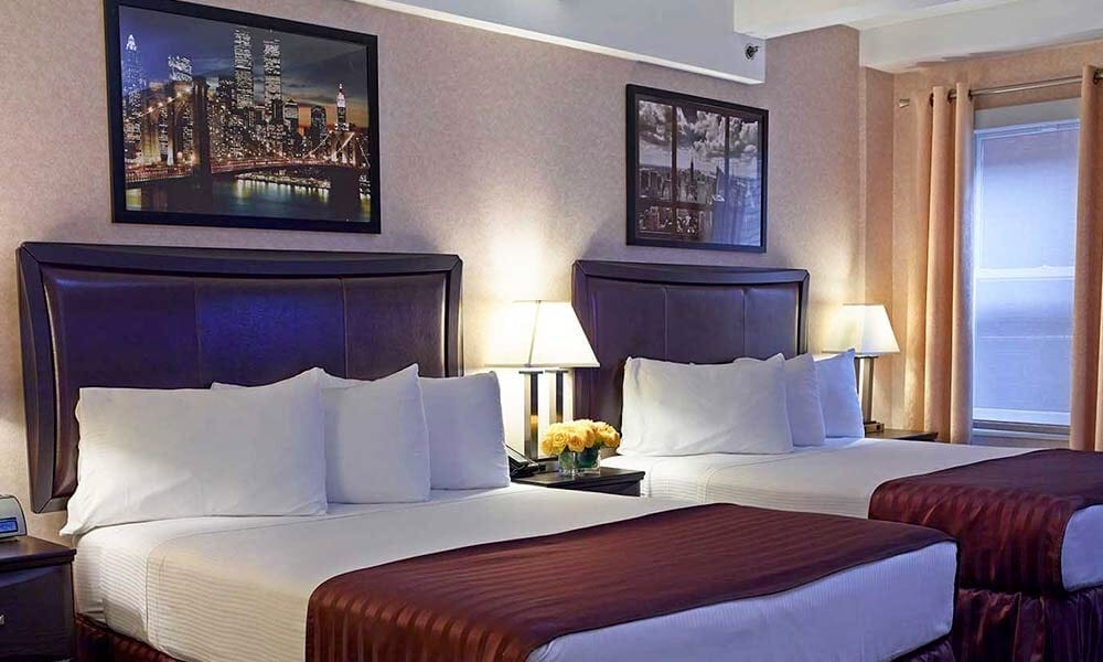 Room at Hotel Edison (Double Bed)