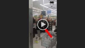 Wal-Mart Checkout Argument Turns Into Knife Fight - ASP Lessons 2015-01-06 10-47-39