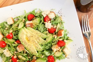 arugula-tomato-pine-nut-salad-7
