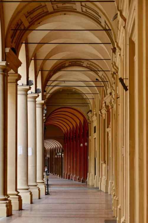 Bologna porticoes