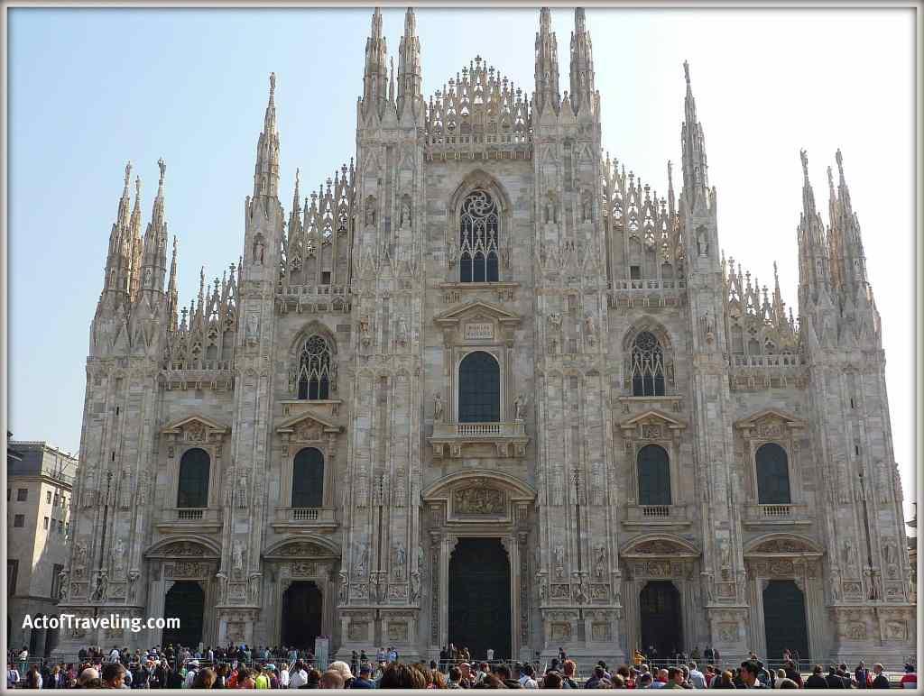 Slow travel Milan Duomo