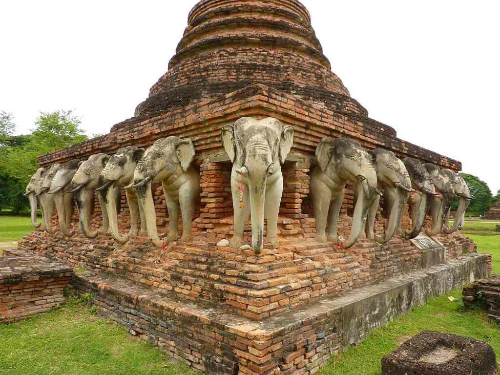 Elephant temple Sukhothai