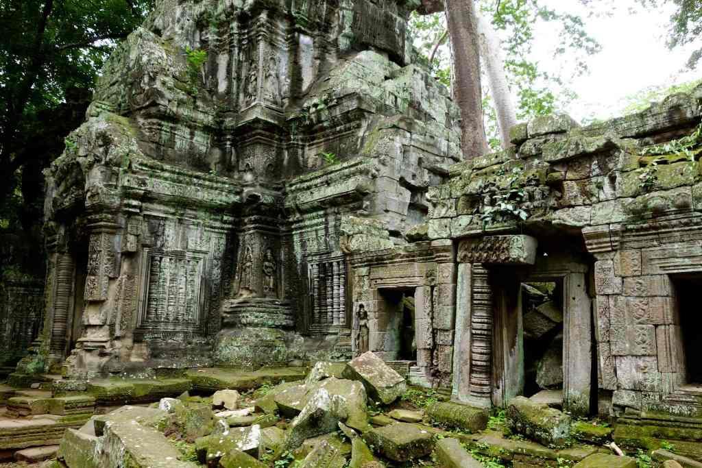 Temple ruins Angkor