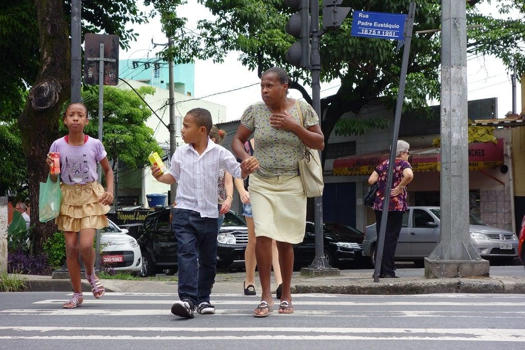 Crossing Rua Padre Eustaquio