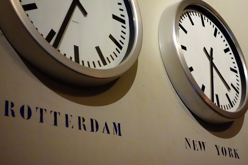 Two clocks time Rotterdam and New York