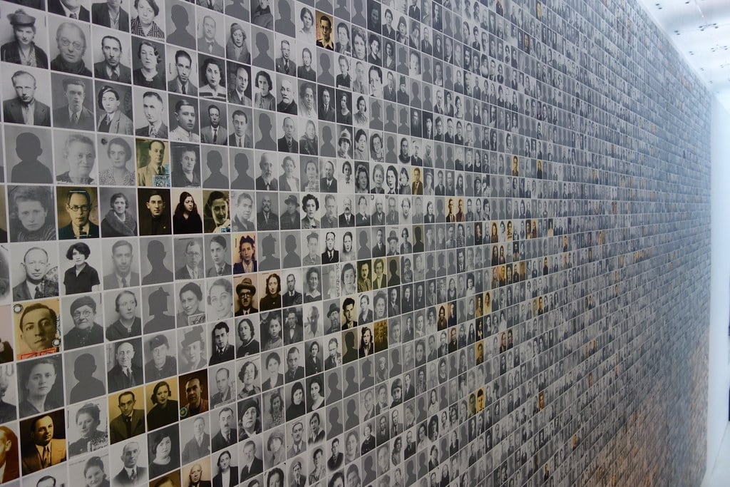 Pictures Holocaust victims