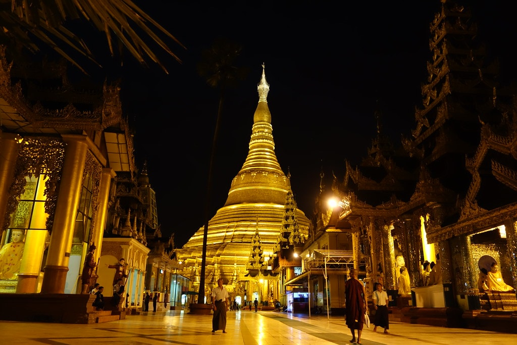 Shwedagon pagoda by night