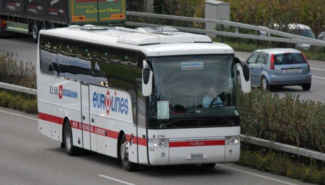 Le ministre de l'Économie souhaite relancer le secteur des autocars