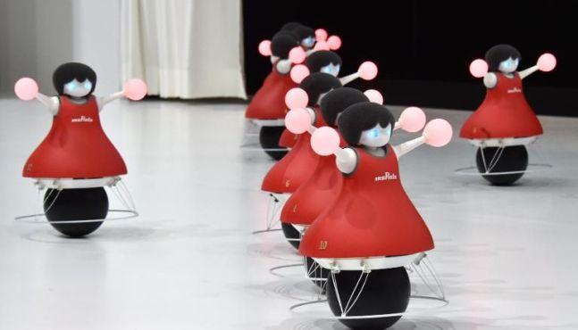 Les robots pom-pom girls de Murata, prémices d'un futur téléguidé