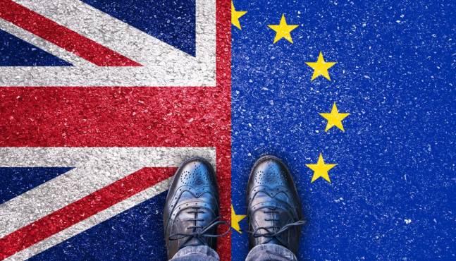 Le chef de la diplomatie britannique exhorte la France et l'Allemagne à faire pression sur Bruxelles pour un accord sur le Brexit