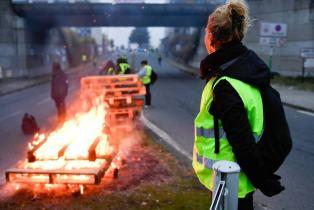 Les troubles en France freinent le programme d'Emmanuel Macron pour relancer l'économie