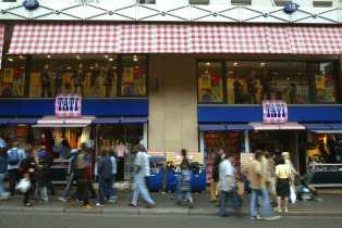 Tati va fermer tous ses magasins en France sauf un
