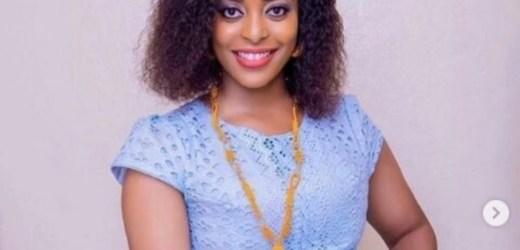 (Photos) : La charmante Bideew toute rayonnante dans ses différents « sagnsé » sénégalais
