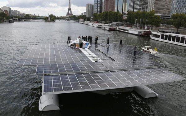 au-japon-la-plus-grande-centrale-solaire-flottante-au-monde-est-francaise-francetvinfo-httpst-cogrzmwc6joo-httpst-cojbs2wlubhi