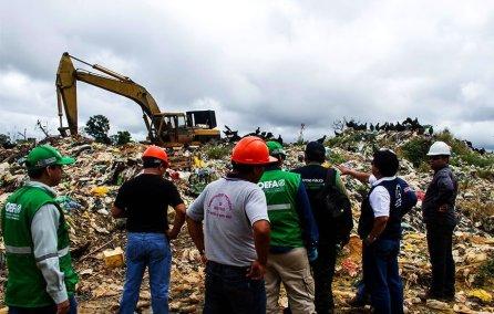 A fines del mes de junio del presente año se realizó la constatación fiscal del botadero que lideró la Fiscalía Especializada en Materia Ambiental (FEMA). En ella participaron instituciones como el Organismo de Evaluación y Fiscalización Ambiental (OEFA), Autoridad Local del Agua, Dirección Regional de Salud, Policía Nacional de Perú, Municipal Distrital de San Juan y Municipalidad Provincial de Maynas.