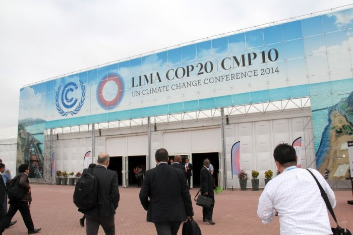 El día se inició con la llegada de delegados, conferencistas y periodistas de todo el mundo.