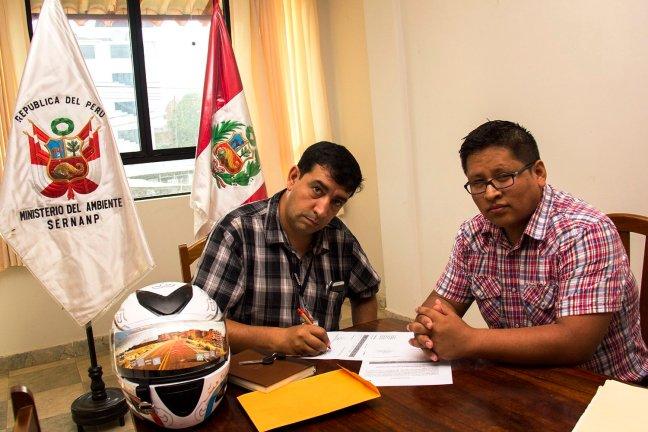 Donación de motocicleta a Reserva Nacional Tambopata