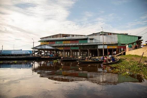 7.- Vista del puerto Bellavista-Nanay, a solo 15 minutos de la comunidad nativa Centro Arenal.