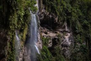 Concesión para Conservación El Breo, Alto Huayabamba - San Martín. Antes de llegar a la catarata El Breo, se pueden apreciar distintas caídas de agua en el camino. Esta se encuentra ubicada en la zona de amortiguamiento del Parque Nacional del Río Abiseo. Foto: Diego Pérez / GIZ