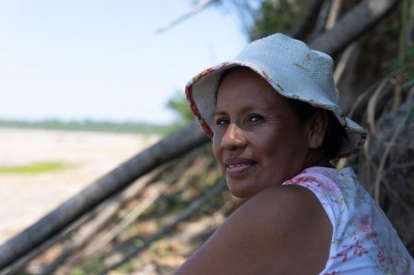 Luz Britave Kuakuibehue Tije, comunicadora de la comunidad nativa El Pilar. Foto: Lucía Florez / SPDA