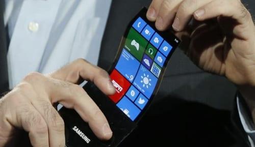 Corning dice que los dispositivos con pantalla flexible tardarán en llegar al menos 3 años