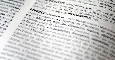 Peut-on divorcer sans avocat ?