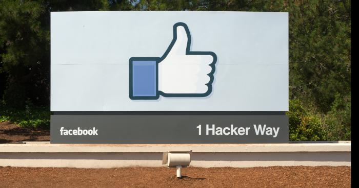le pouce bleu va disparaitre de facebook